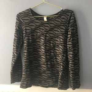 CHALET Gray and Black Scallop Sweater